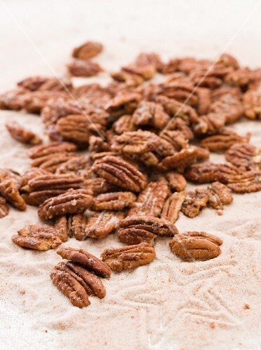 Spicy pecan nuts