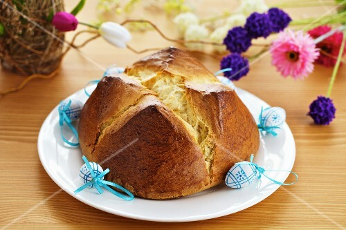 Osterpinze (Easter pastry, Southern Austria)