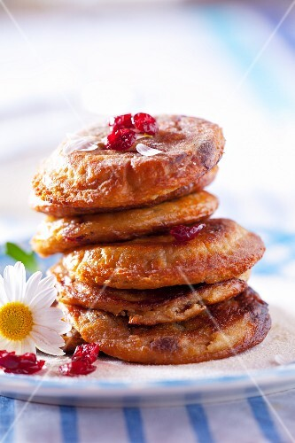 Cranberry pancakes with cranberry jam