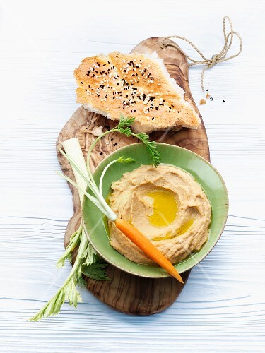 Houmous with flatbread and a carrot