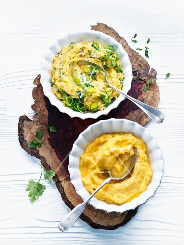 Polenta with cheese and leek