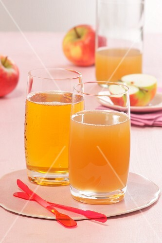 Fresh apple juice, clear and cloudy