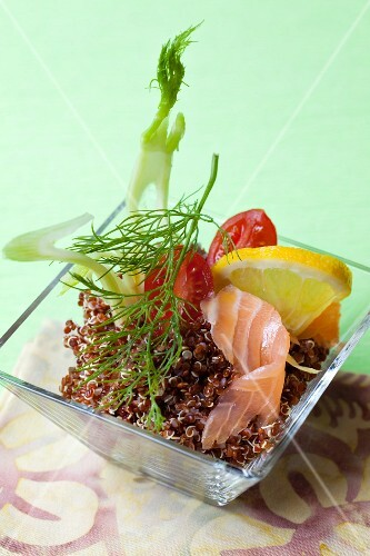 Quinoa salad with smoked salmon and fennel