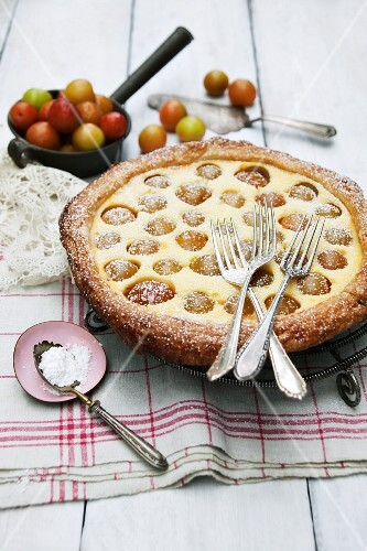 Mirabelle plum tart with puff pastry