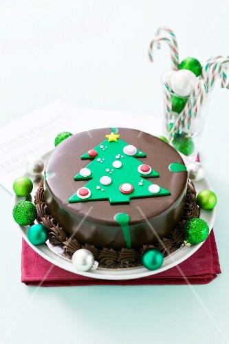 Mint chocolate cake for Christmas