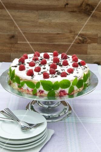 Cream cheese layer cake with raspberries