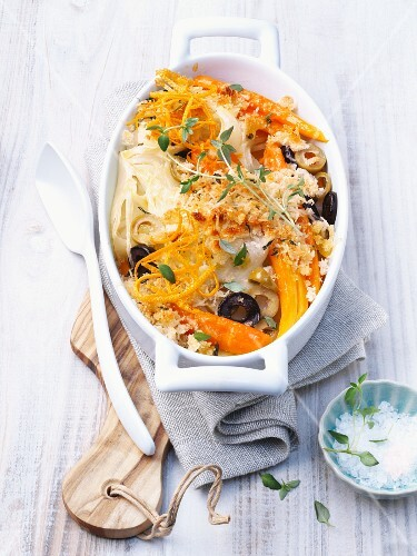 Fennel and carrot bake with olives