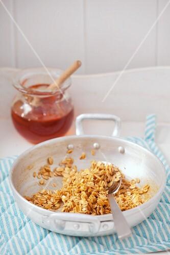 Toasted muesli with honey