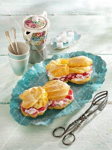 Eclairs with rhubarb cream