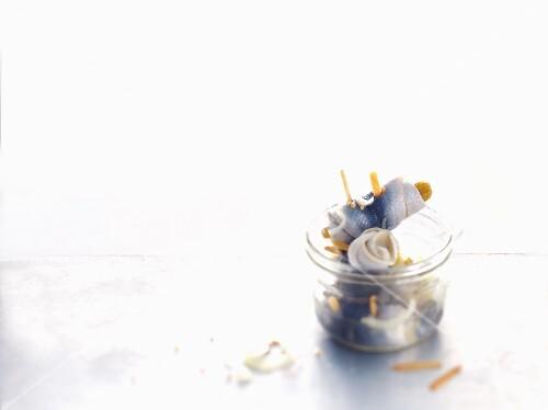 Rollmops in a screw-top jar