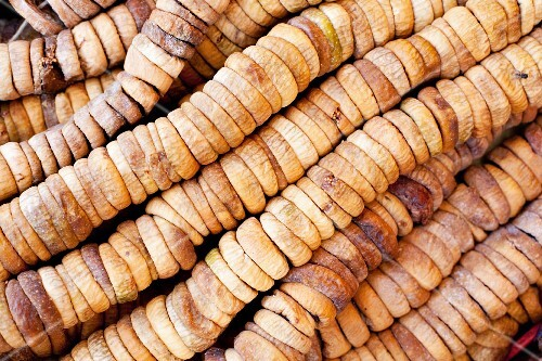 Strings of dried figs