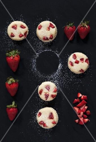 Strawberry Cheesecake Muffins with Fresh Strawberries