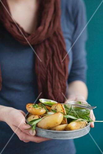 Kartoffeln mit frischer Kräutersauce