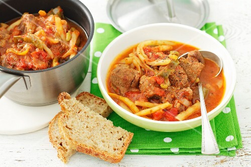 Beef, bean, pepper and tomato stew