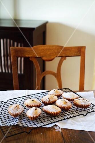 Dainty baked treats from Calabria