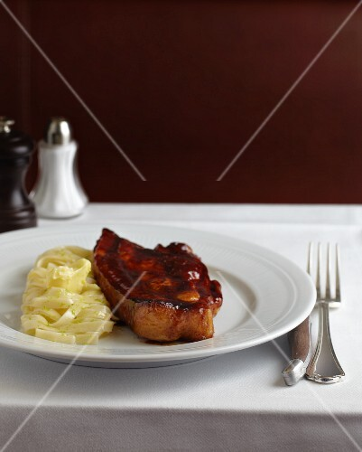 Middle-cut breast of veal with pasta ribbons