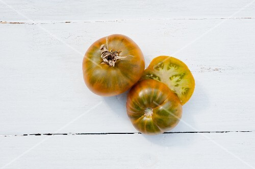 Tomatoes of the variety 'Evergreen'