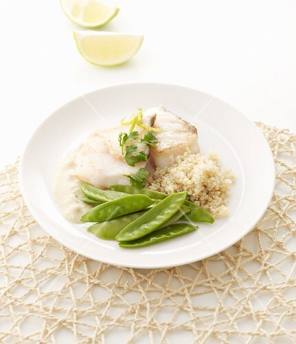 Pollack fillet with green curry sauce, quinoa and sugar snap peas