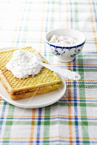 Indian-spiced waffle with dip