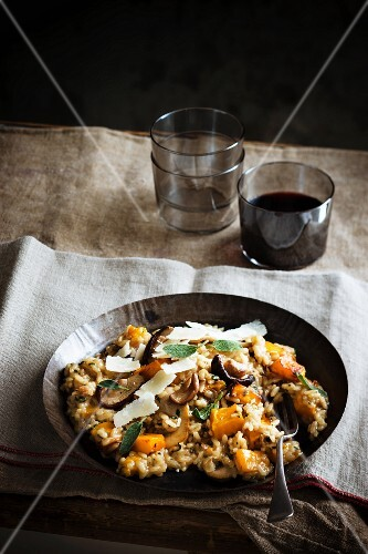 Risotto with squash, mushrooms and sage