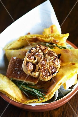Garlic bread in a bread basket