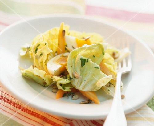 Lettuce with egg