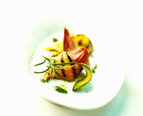 Chargrilled vegetables with pesto