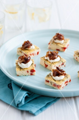 Frittata canapés with peppers, herbs and caramelised onions