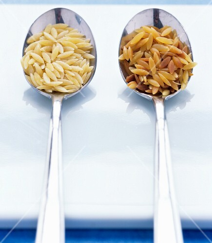 Raw and toasted orzo