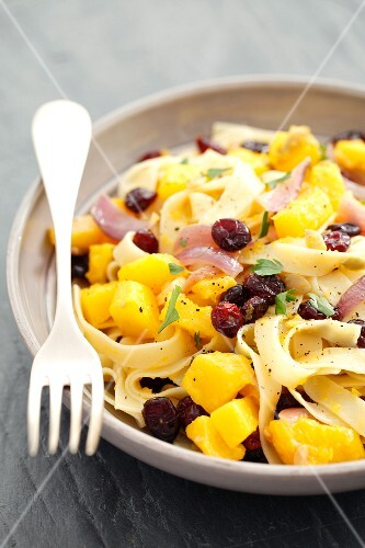Tagliatelle with squash, cranberries and parsley