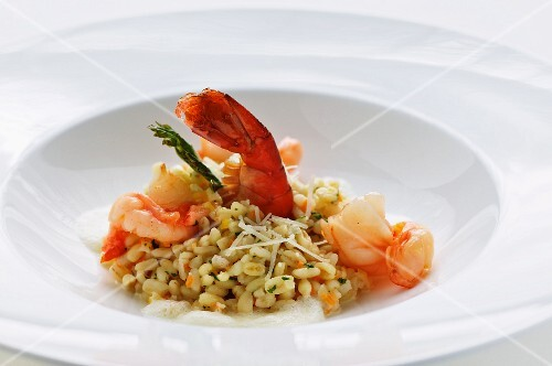 Barley risotto with prawns