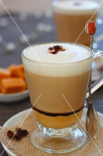 Caffè latte with advocaat
