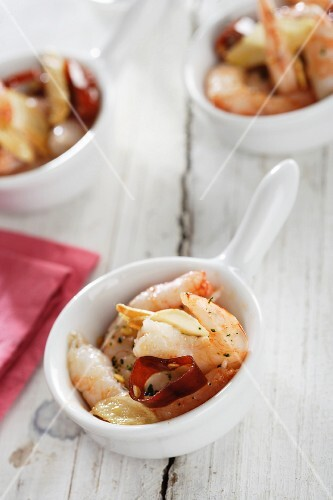 Garlic prawns with chilli (Spain)