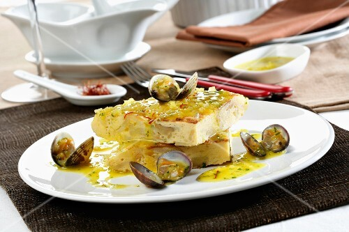 Tortilla with a mussel sauce