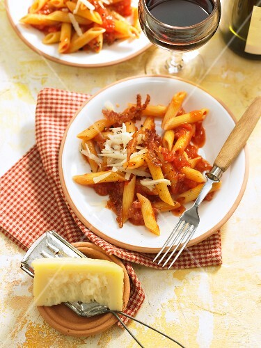 Penne all amatriciana with bacon, tomatoes and parmesan