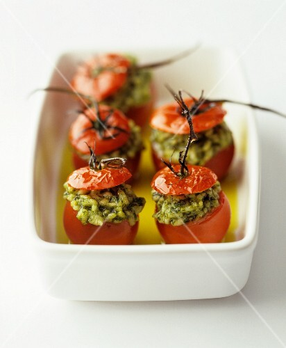 Stuffed tomatoes with herb rice