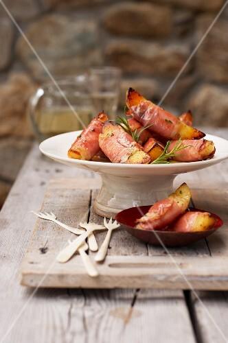 Rosemary potato snack