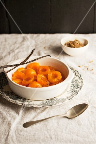 Poached apricots