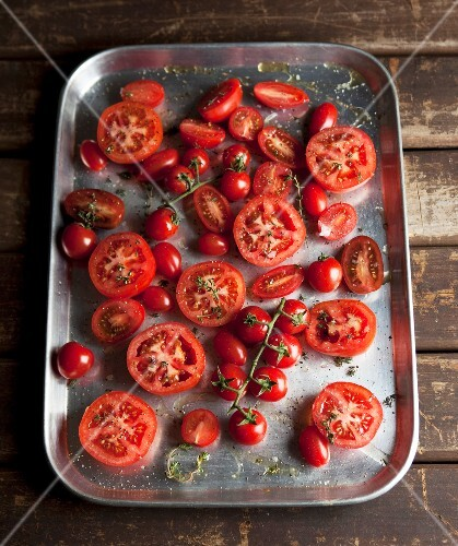 Tomatoes for roasting on a baking tray