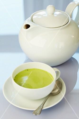 Matcha tea with a teapot