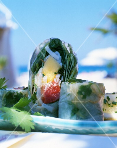 Tuna and mango rice paper rolls