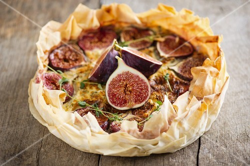 Fig tart with goat's cheese