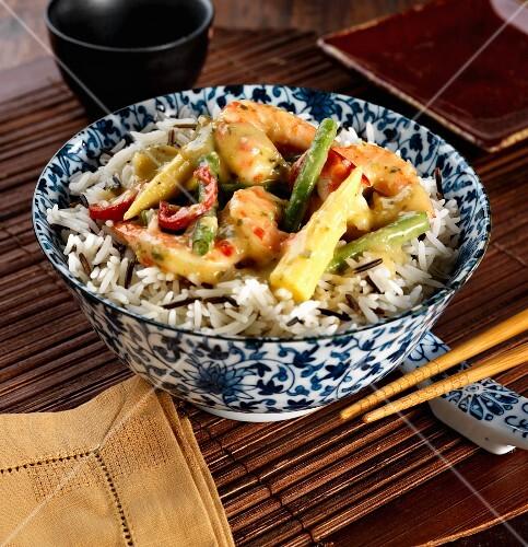 thai green prawn curry with wild rice