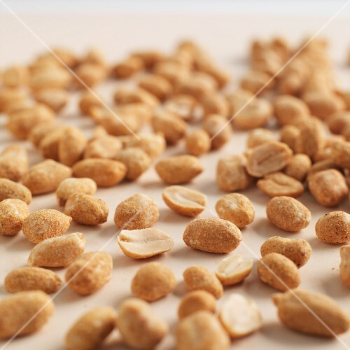 Lots of roasted peanuts