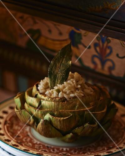 Artichoke stuffed with risotto