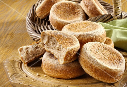 English muffins made with wholemeal flour
