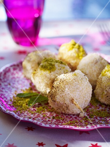 Barbecued ice cream dumplings with pistachios