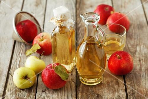 Cider vinegar and fresh apples
