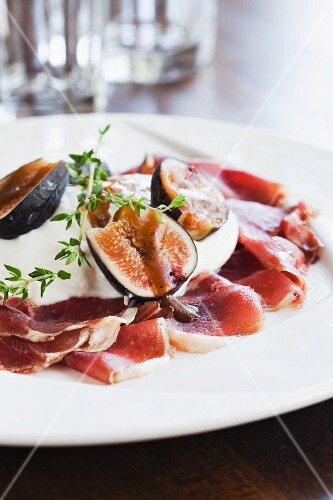 Burrata with Fig, Thyme, prosciutto and a balsamic reduction