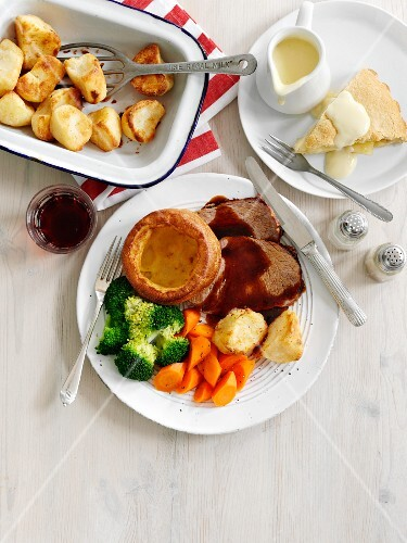 Roast beef with vegetables and Yorkshire pudding (England)
